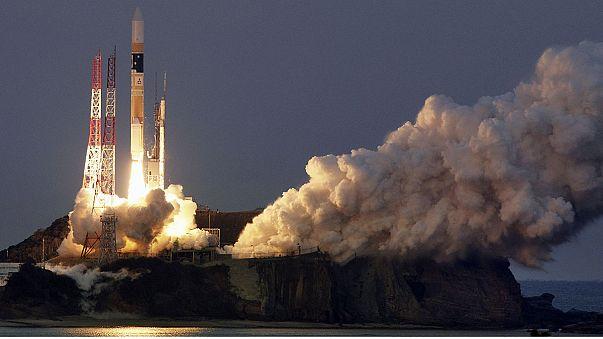 Япония запустила самый тяжёлый спутник для исследования чёрных дыр