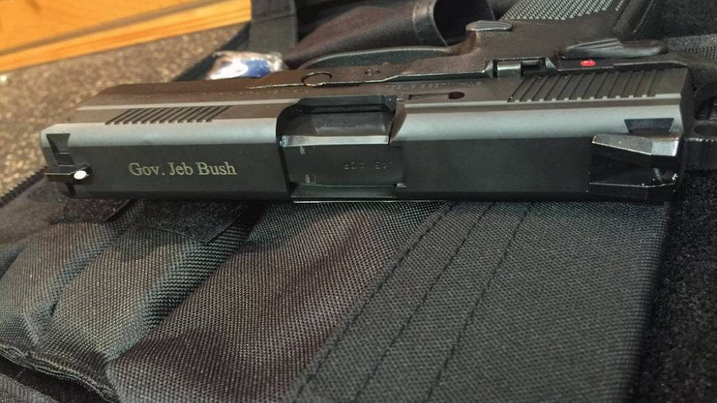 Wirbel um Jeb Bushs Waffen-Tweet