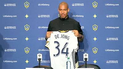 LA Galaxy unveil De Jong as Nicky Butt returns home