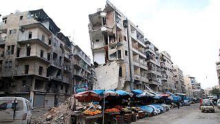 Halep'te makas daralıyor