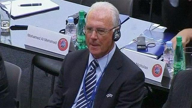Carton jaune pour Franz Beckenbauer