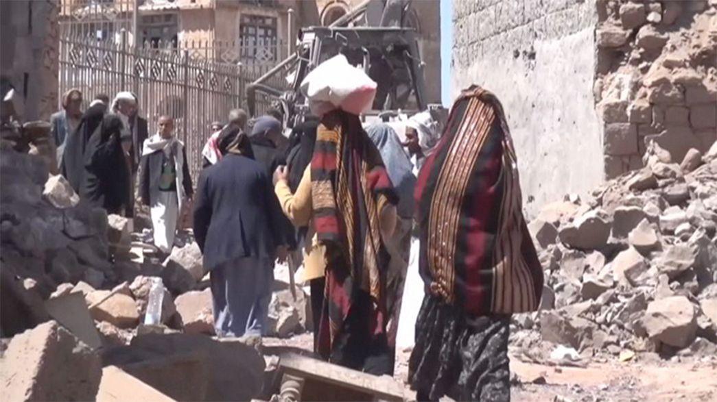 Iémen: 11 meses de guerra e mais de 35 mil vítimas