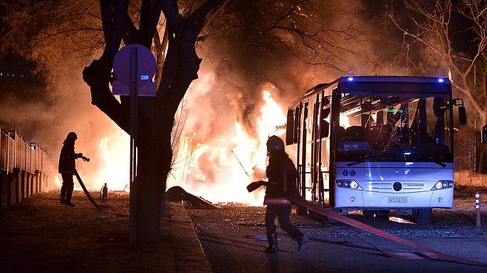 عشرات القتلى والجرحى في تفجير استهدف حافلات للجيش التركي بأنقرة