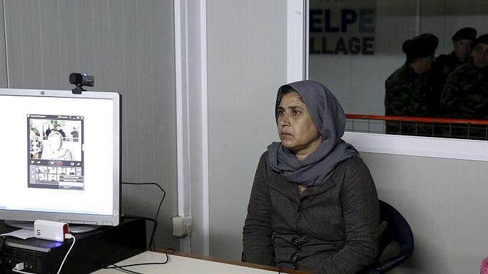 """В Греции открылись """"хотспоты"""" по регистрации беженцев"""