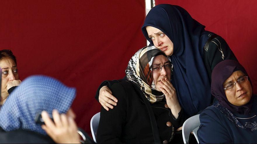 Nach Ankara-Anschlag: Unterschiedliche Meinungen unter den Einwohnern