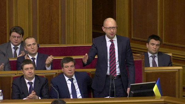 Ukrayna'da koalisyon çöktü