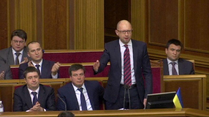 Ucraina, il governo filoeuropeo si spacca e perde la maggioranza