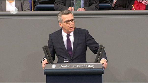 Deutschland: Innenminister droht indirekt den unsolidarischen EU-Staaten