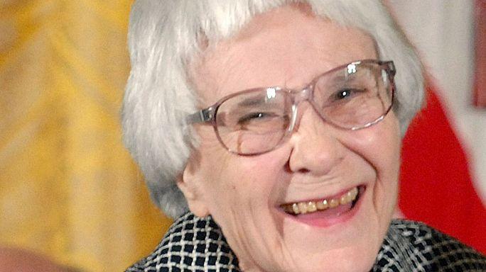 Умерла писательница Харпер Ли