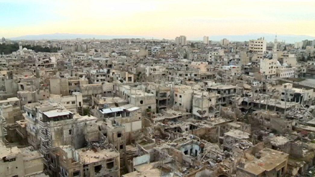 Unos dos mil desplazados sirios han regresado a las ruinas de la ciudad vieja de Homs