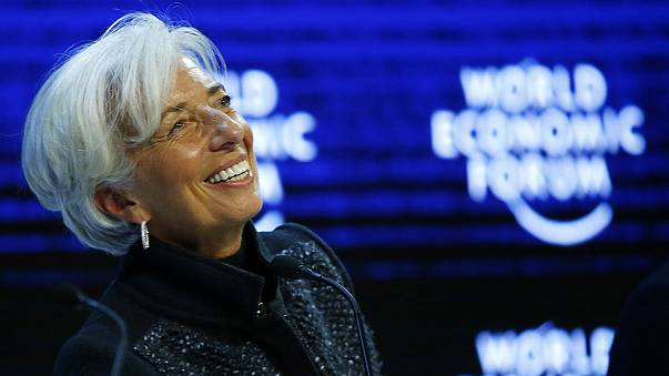 FMI reconduz Lagarde por mais cinco anos