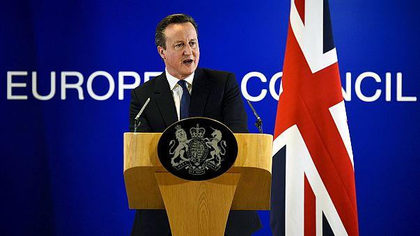 """Compromis européen pour éloigner le spectre du """"Brexit"""", Cameron satisfait"""