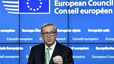 """Brexit: Juncker, """"accordo che costruisce ponti"""", ma interpretazioni diverse"""