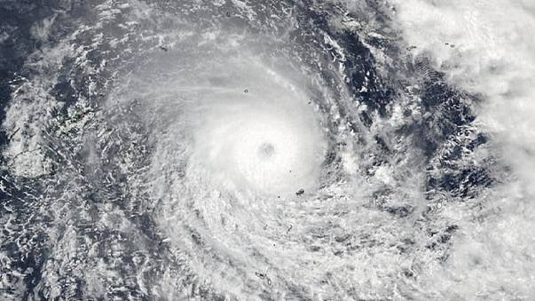 Iszonyú vihar pusztít Fidzsin