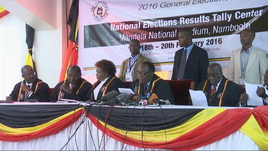 Uganda elege o mesmo Presidente da República de há 30 anos