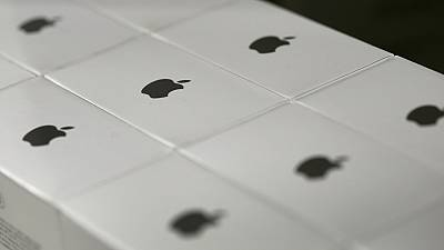 Apple moves a privacy fight against the FBI