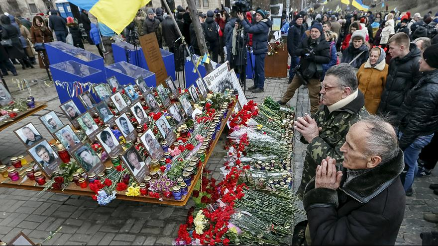Die Ukraine gedenkt der Toten der Maidan-Ausschreitungen