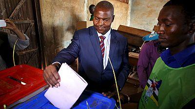 República Centro-Africana: antigo PM Touadera vence eleições presidenciais