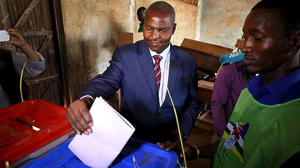 Orta Afrika Cumhuriyeti'nde devlet başkanlığı seçimlerinin galibi Tuadera