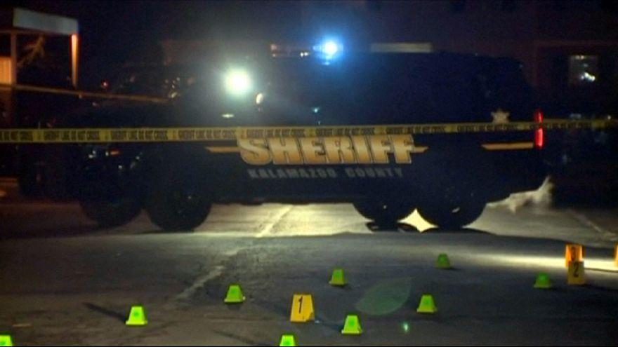 USA: hat embert ölt meg egy fegyveres ámokfutó