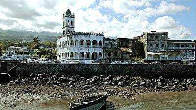 Polls kick off in Comoros