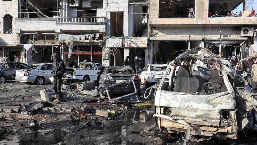 Síria: Duplo atentado em Homs mata dezenas de civis
