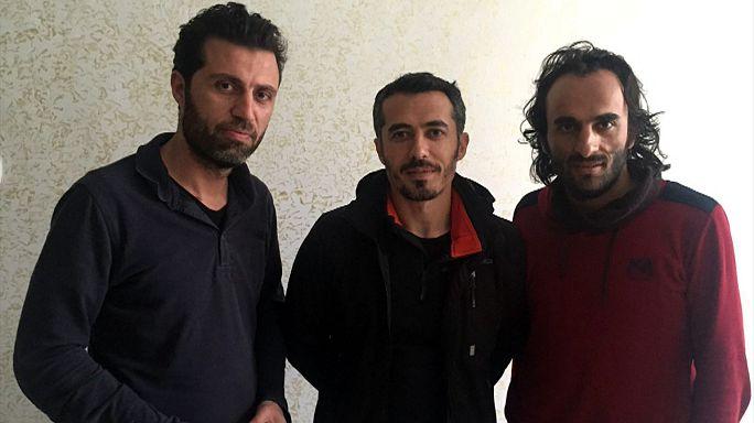 Kiszabadultak az elrabolt újságírók