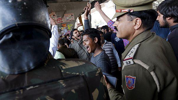 Hindistan'da kast sistemi protestoları: 10 ölü