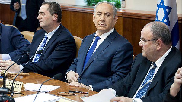Netanyahu defends his top general after he calls for restraint