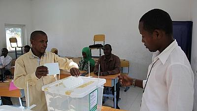 Comoros awaits election results as vote counting begins