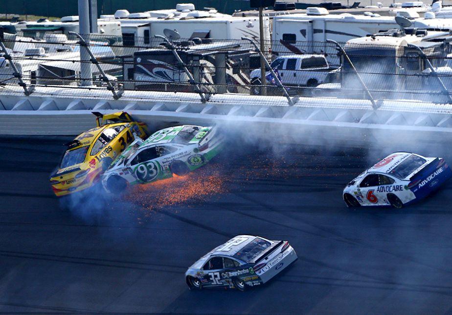 Accident de voiture au Daytona 500