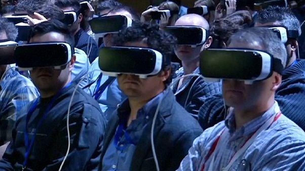 Las nuevas redes 5G, a debate en el congreso mundial de móviles de Barcelona