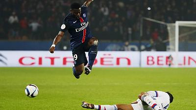 Serge Aurier awaits decision from PSG officials after homophobic slurs