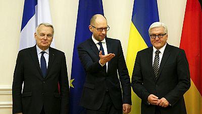 Ministros dos Negócios Estrangeiros de França e Alemanha encontram-se com presidente da Ucrânia