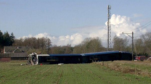 سقوط ضحايا في حادث اصطدام قطار في هولندا