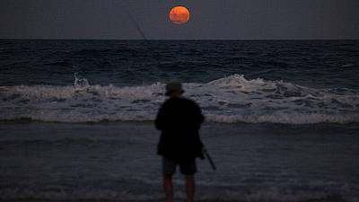 A romantic fishing night!