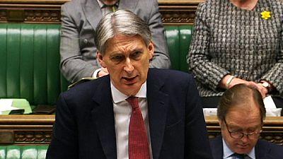Governo britânico denuncia colaboração das forças curdas com o regime sírio