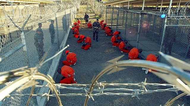 أوباما يعرض خطة إغلاق معتقل غوانتانامو