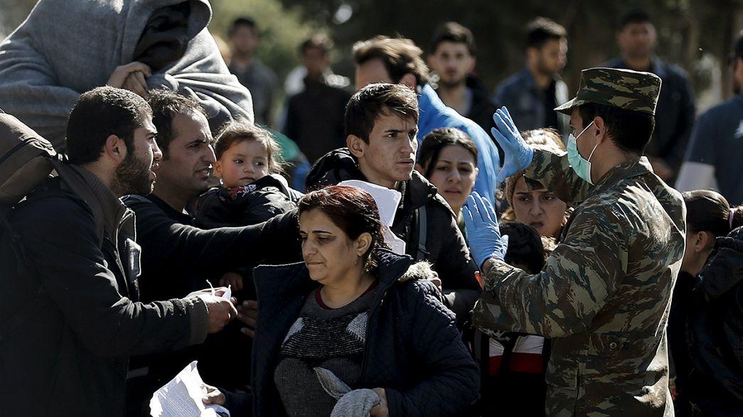 Grecia se ve sobrepasada por la afluencia de refugiados tras el cierre de las fronteras balcánicas