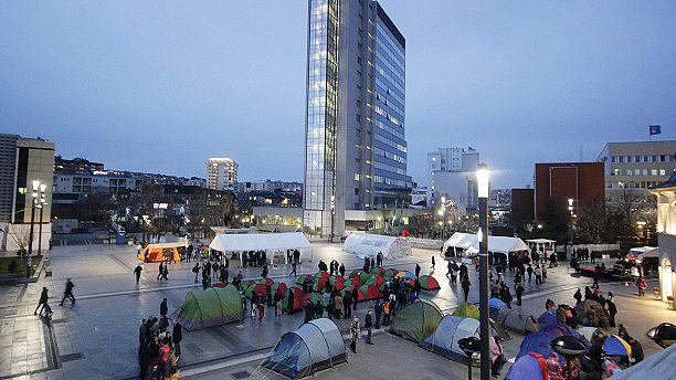 Protest tents go up in Pristina's main square