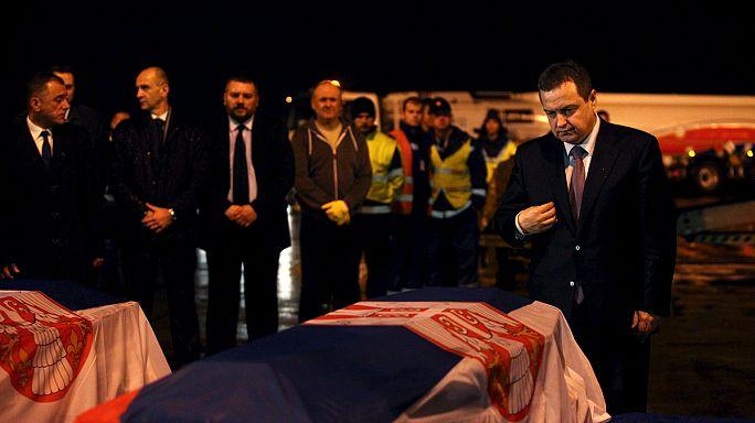 Тела убитых в Ливии сербских дипломатов привезли на родину