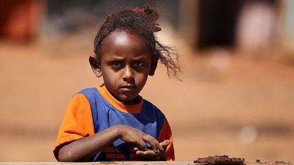 ЕС: исчезновение 10 тысяч несовершеннолетних беженцев