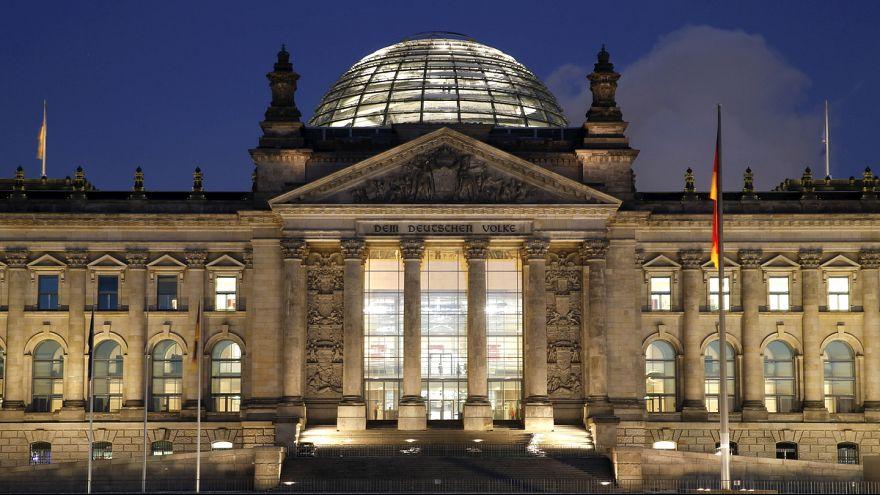 Umstrittenes Asylpaket II in Berlin beschlossen