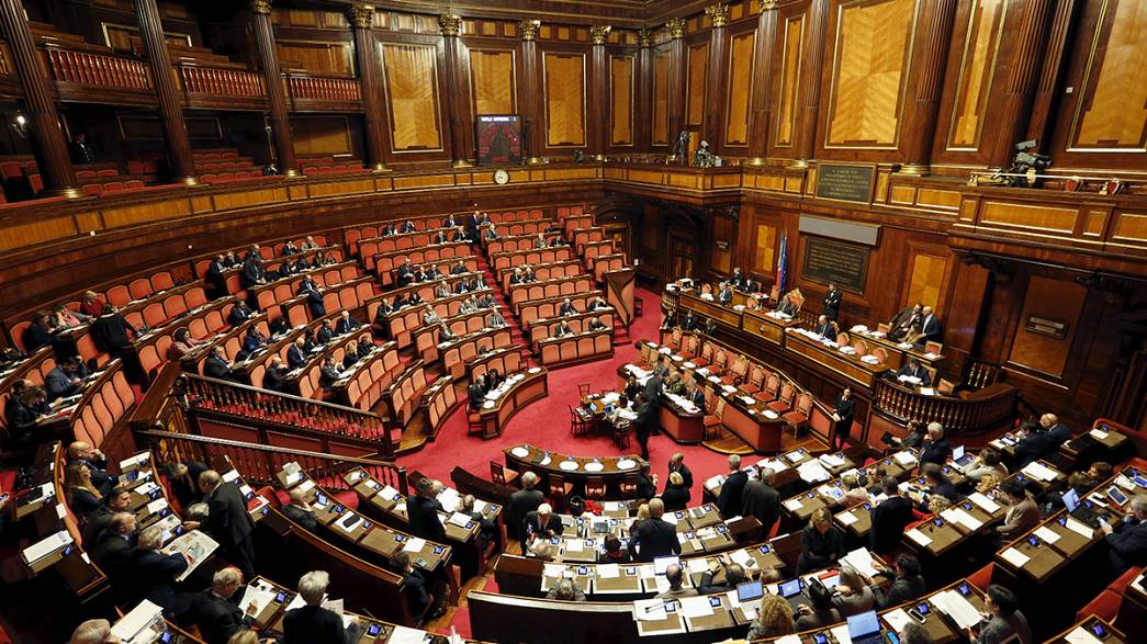 Italie: votée par le Sénat, l'union civile déçoit tant ses partisans que ses opposants