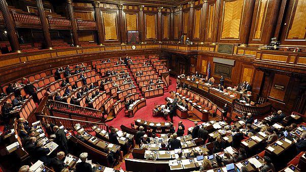 Az olasz parlament igent mondott a melegeket is érintő élettársi kapcsolat bejegyzésére