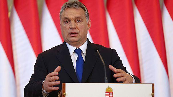 Bruselas critica a Hungría por su anuncio de someter a referéndum el reparto de refugiados por cuotas