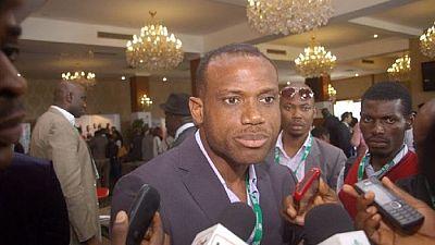 Super Eagles : le sélectionneur Sunday Oliseh claque la porte