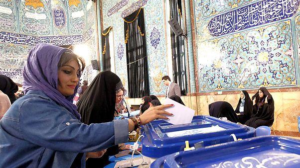 Ιράν: Αυξημένη η προσέλευση των ψηφοφόρων στις κάλπες