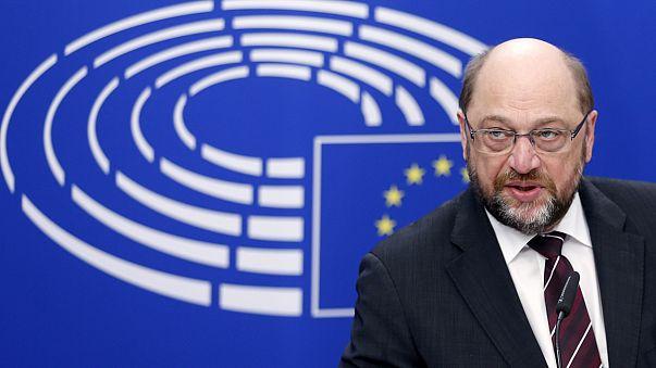 """Мартин Шульц: """"ЕС может взорваться, не нужно истерики""""."""