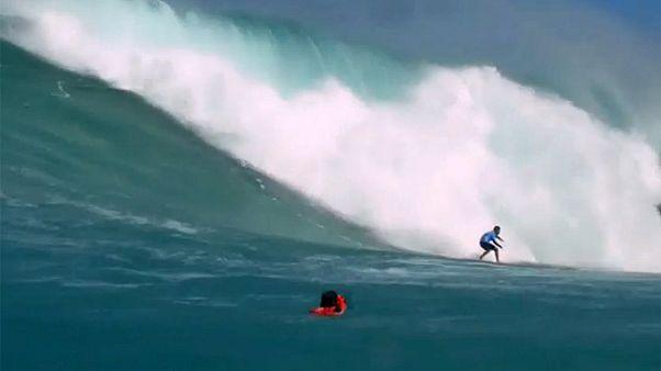 موج سواری در خلیج وایمئا